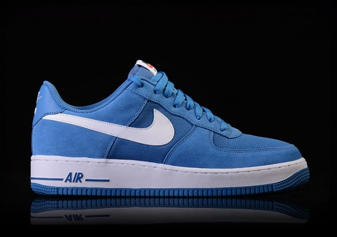 ad1ef5e5a0bb NIKE AIR FORCE 1 STAR BLUE WHITE pour €82