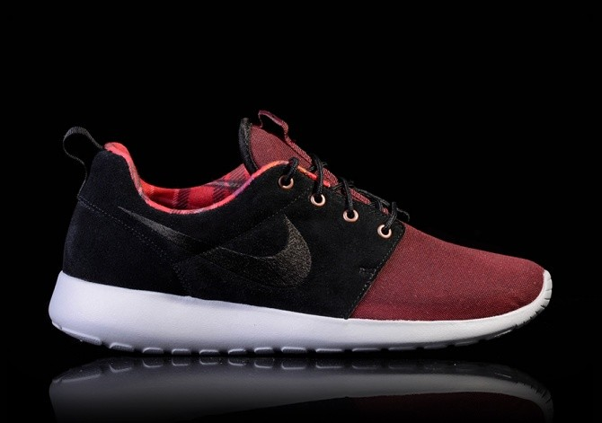 NIKE ROSHE ONE PREMIUM BORDEAUX