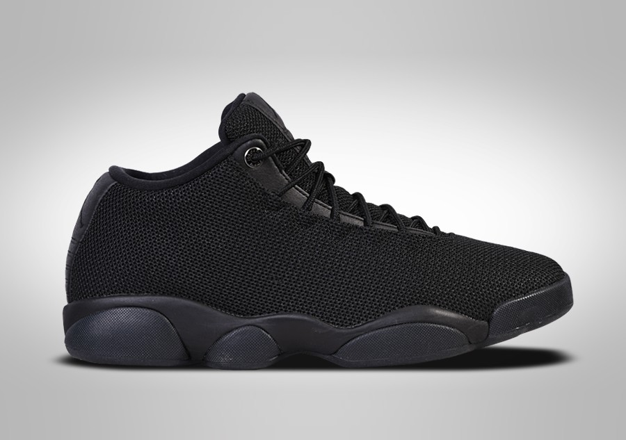 NIKE AIR JORDAN HORIZON LOW TRIPLE BLACK