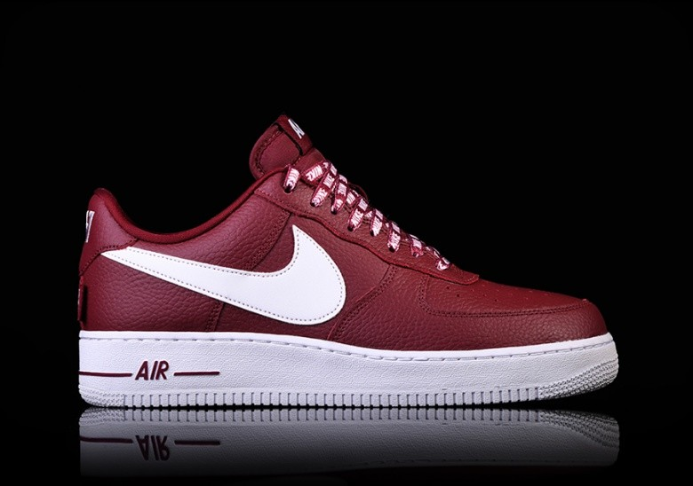 NIKE AIR FORCE 1 '07 LV8 NBA PACK TEAM RED