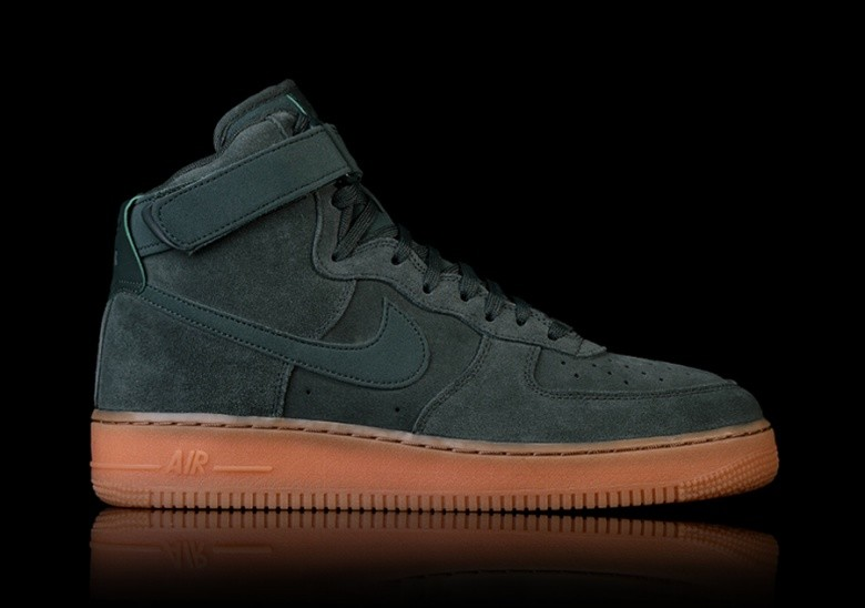 separation shoes 8a695 83cb6 NIKE AIR FORCE 1 HIGH 07 LV8 SUEDE GREEN