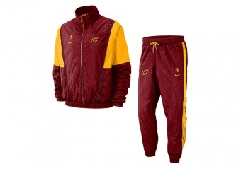NIKE NBA CLEVELAND CAVALIERS COURTSIDE TRACKSUIT TEAM RED