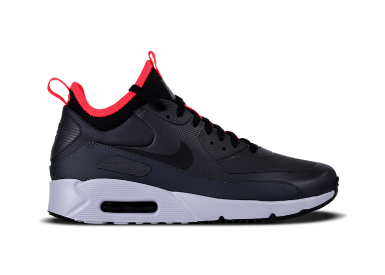 0cfd722c00 NIKE AIR MAX 90 ULTRA MID WINTER. BLACK. €160,00 €145,00