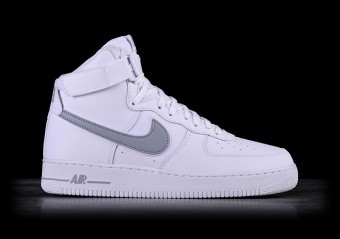 finest selection 85931 081ec NIKE AIR FORCE 1 HIGH  07 3 WHITE. €115,00